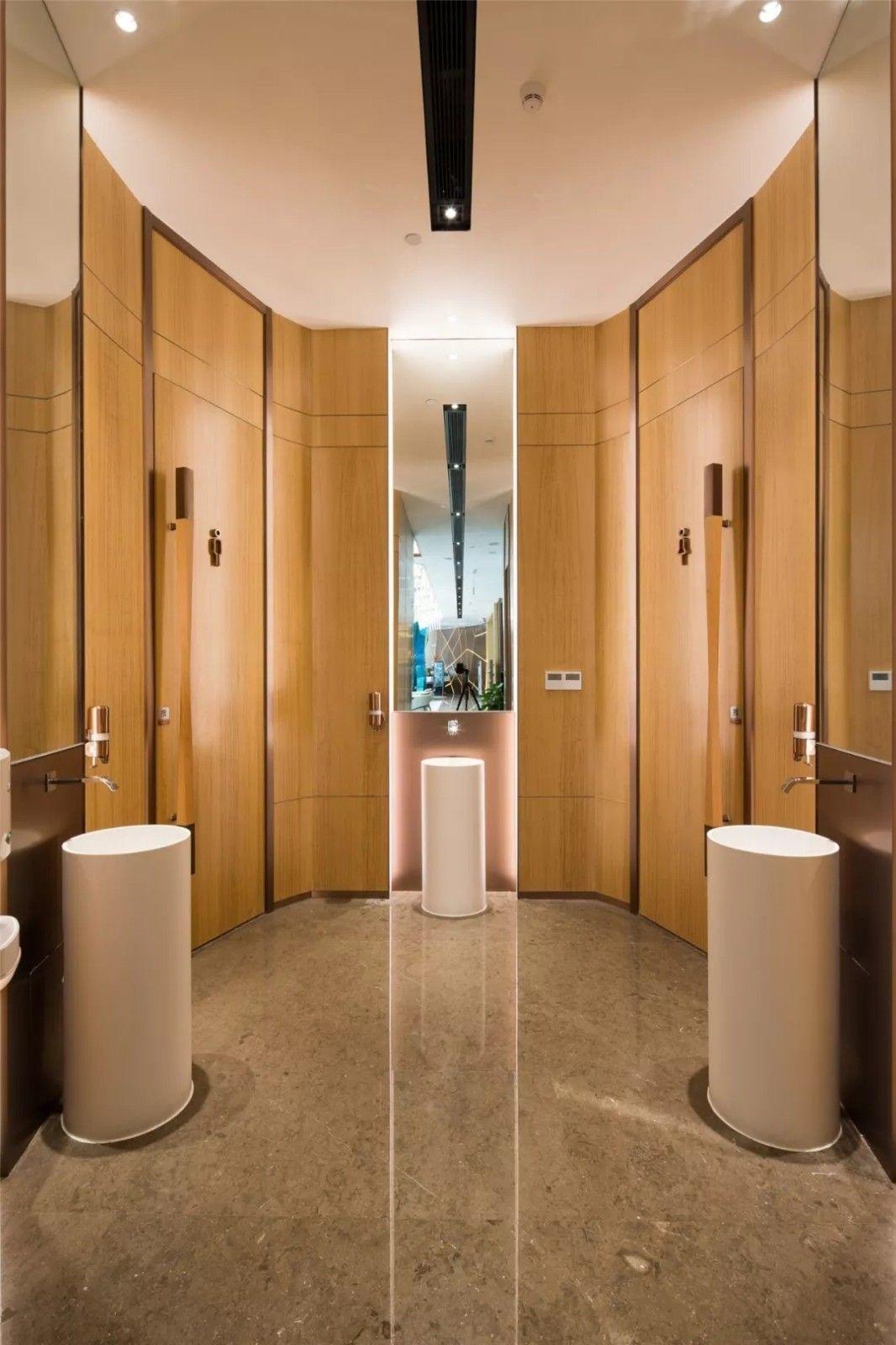 1840 Interior Design: 2019 的 深圳松茂·柏景湾营销中心