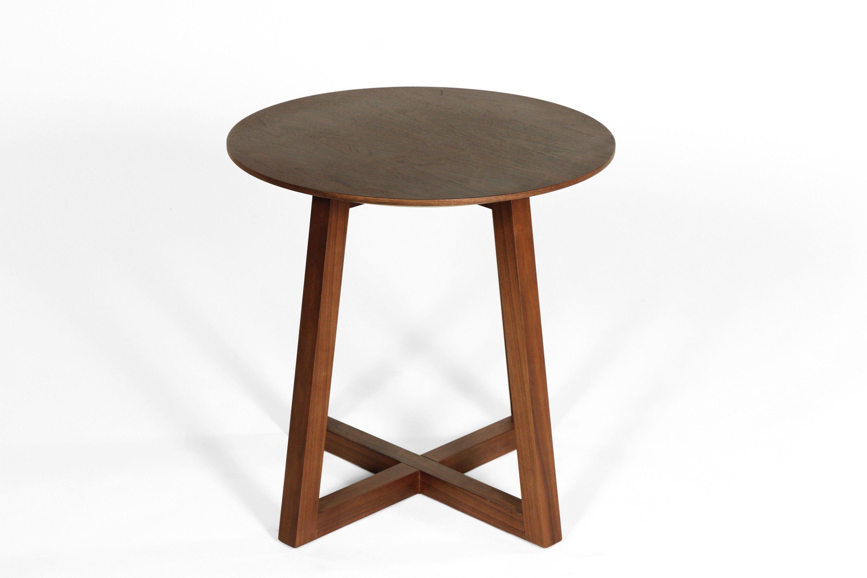Circle Cross Side Table | tisch | Pinterest