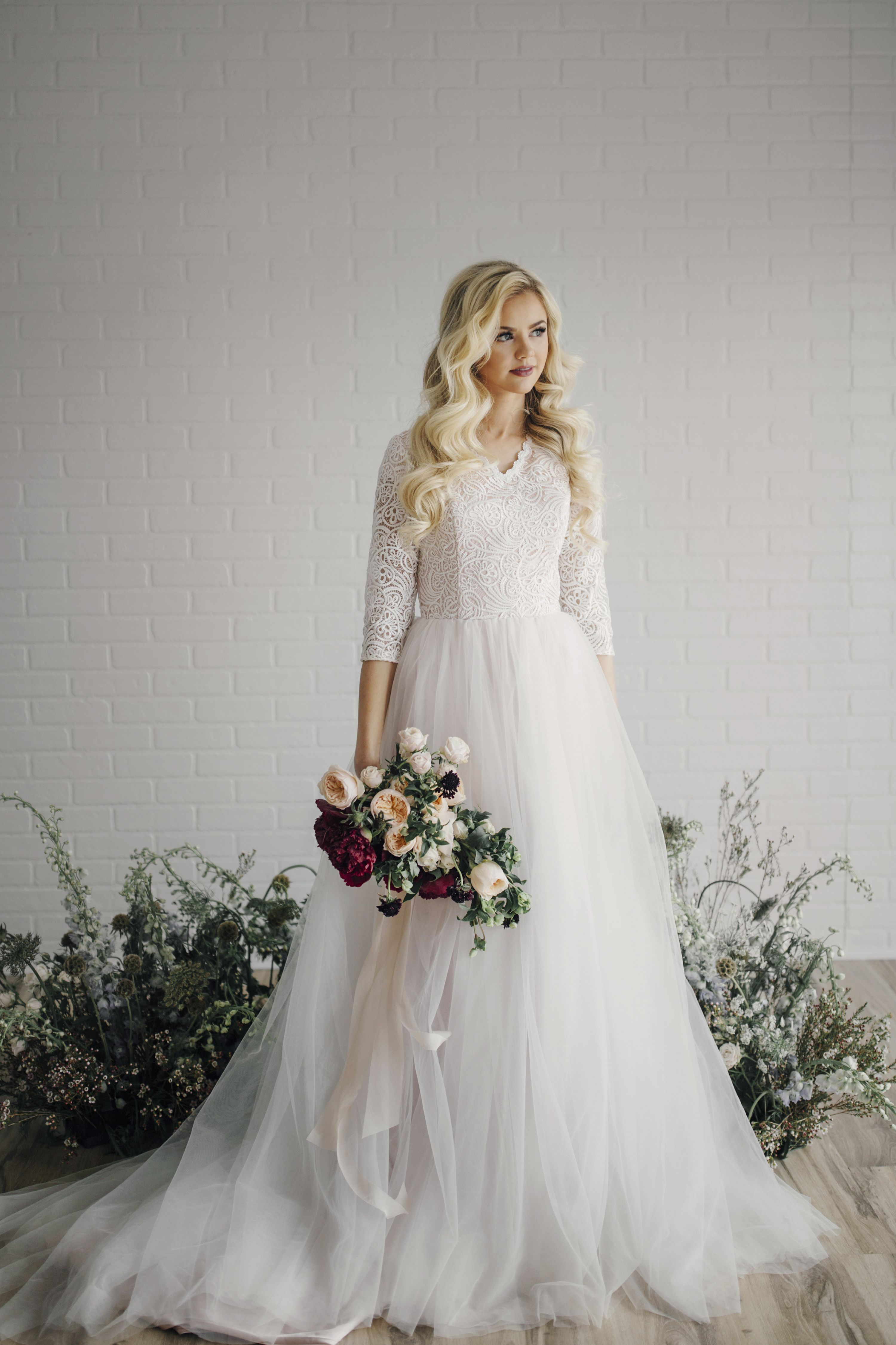 A Modest Wedding Doesn T Mean A Frumpy Wedding Beauty Tips And A Free Ebook Here Http Modest Wedding Dresses Wedding Dress Shopping Affordable Wedding Gown [ 4500 x 3000 Pixel ]
