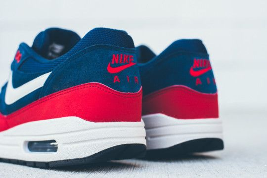 Nike Air Max 1 Essential - Navy/Red | WAVE® | Chaussures homme ...