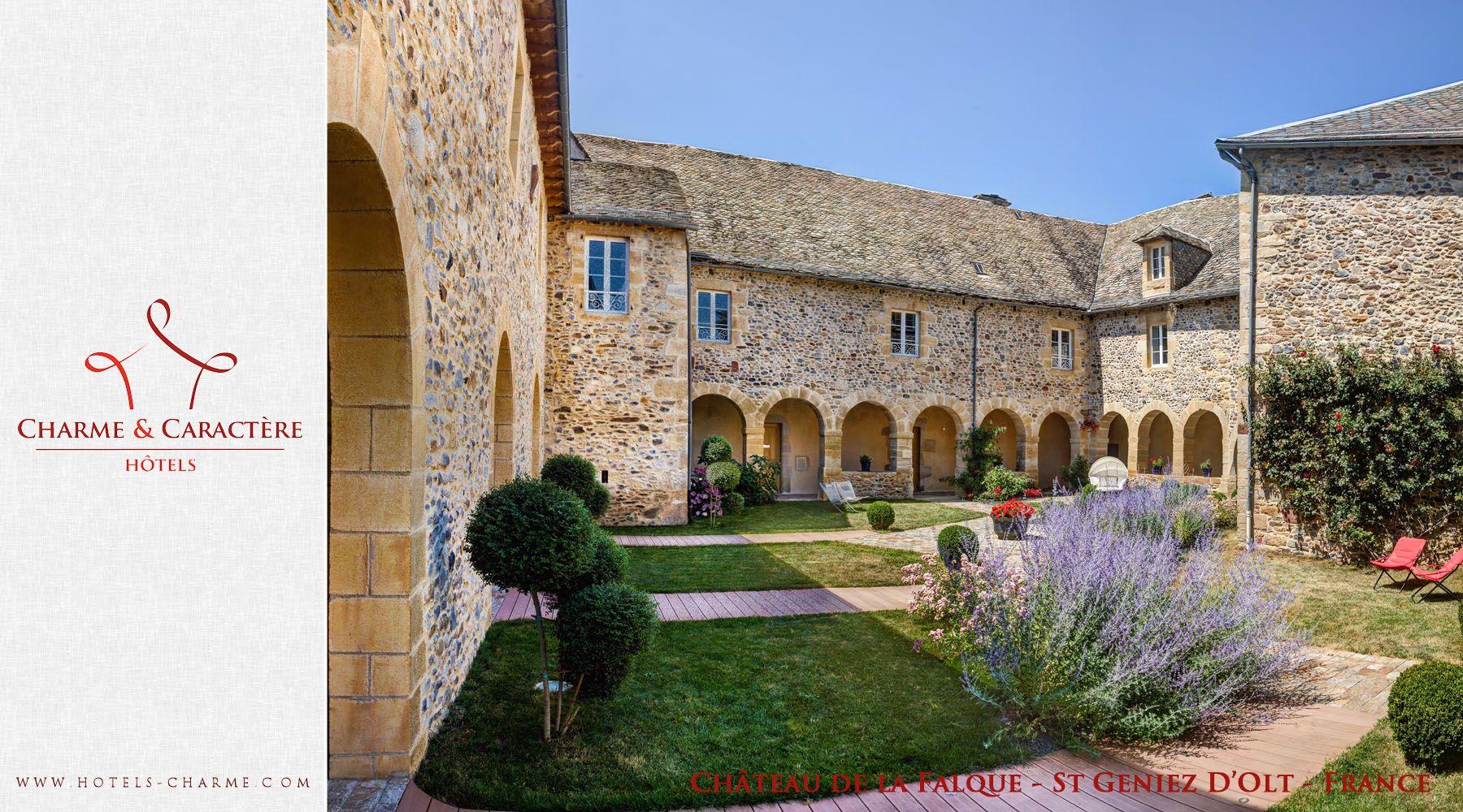 Hotels De Charme Et De Caractere Chateau De La Falque St