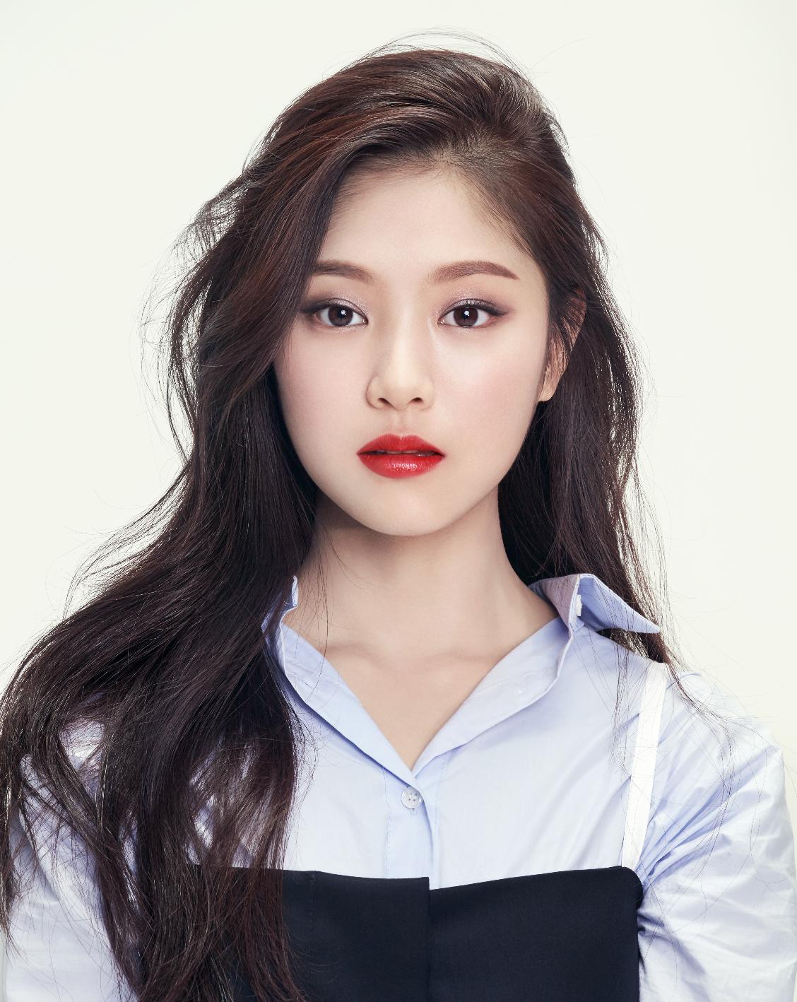 LOONA - Hyunjin | Kpop girls, Korean girl groups, Kpop