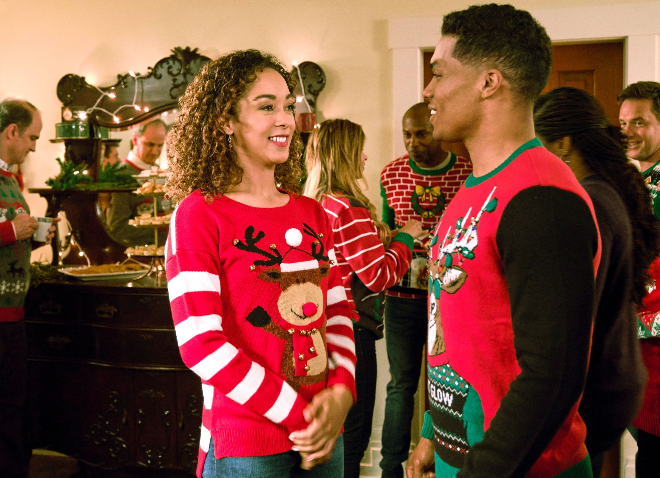 Watch An Exclusive Clip Of Hallmark S Upcoming Holiday Movie A Christmas Duet Christmas Duets Best Christmas Movies Holiday Movie