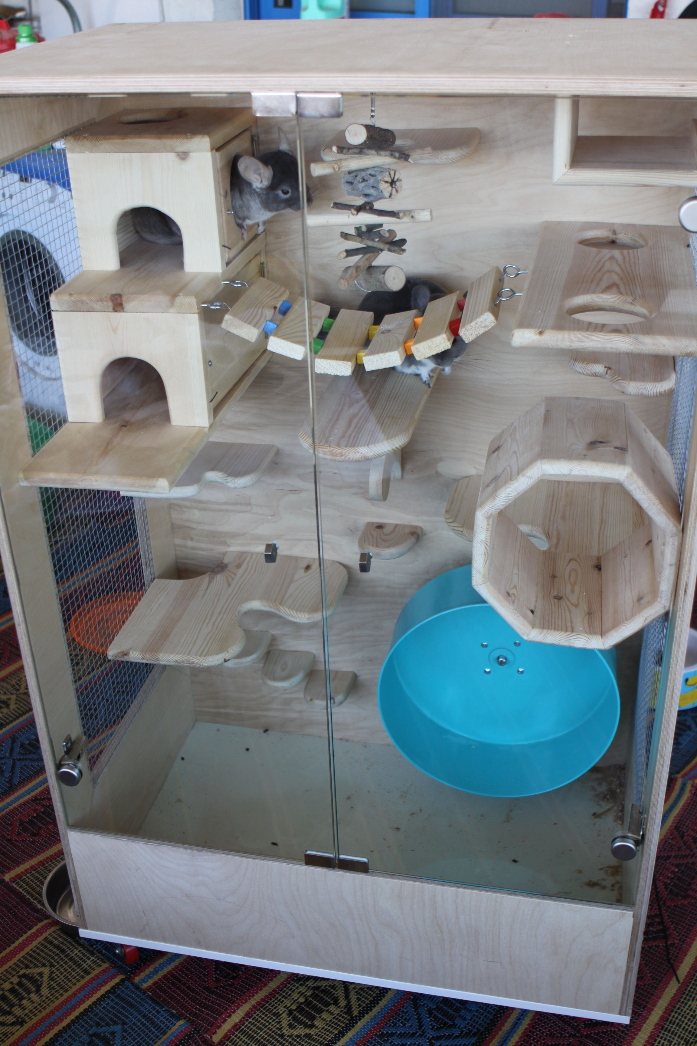 chinchilla cage with glass doors