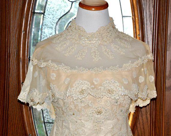Vintage Cream Lace Wedding Gown, Lace Bridal Gown, Vintage Bride ...