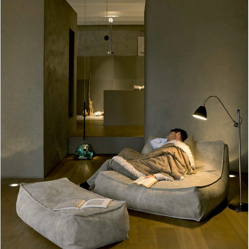 Zoe Chaise Lounge, Modern Living Room Design at Cassoni