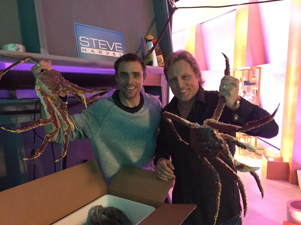 .@northwesternsig & @JakeVAnderson hanging out backstage at @IAmSteveHarvey. #DeadliestCatch