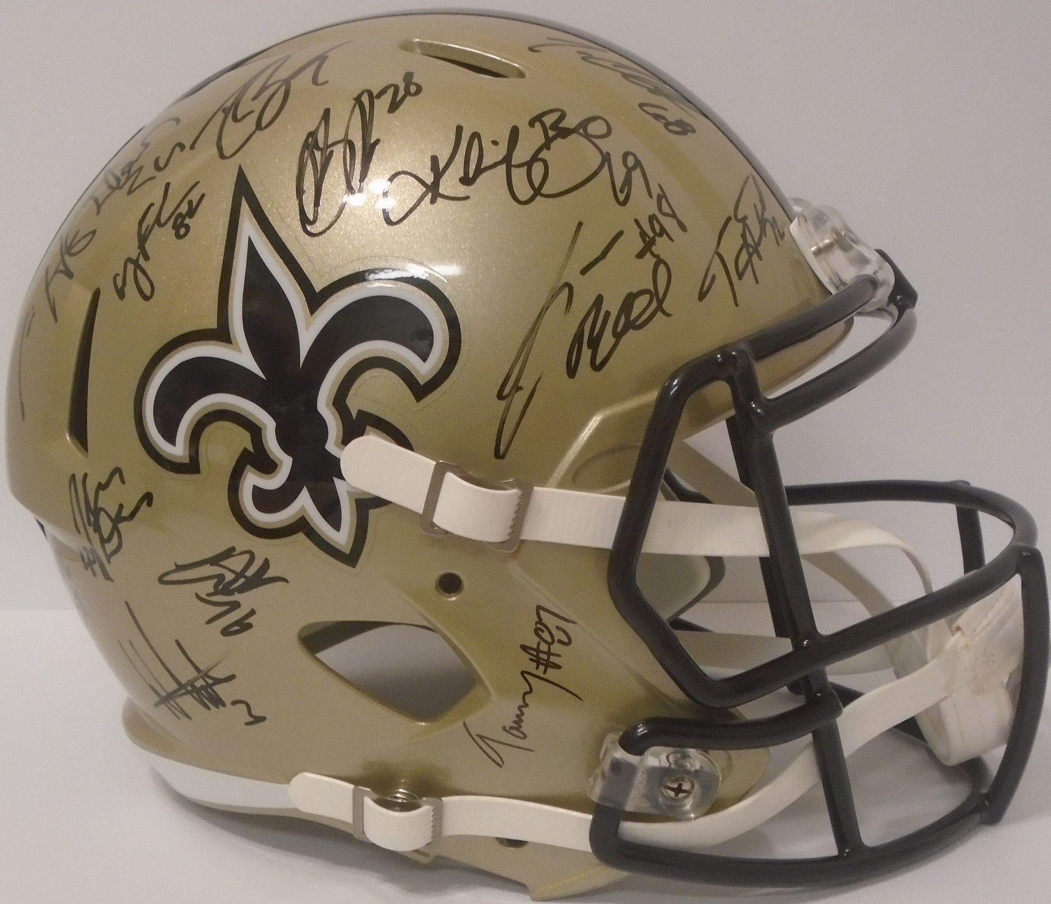 edf2124a14f 2016 New Orleans Saints Team Autographed Riddell Speed Style Full Size  Deluxe Replica Football Helmet