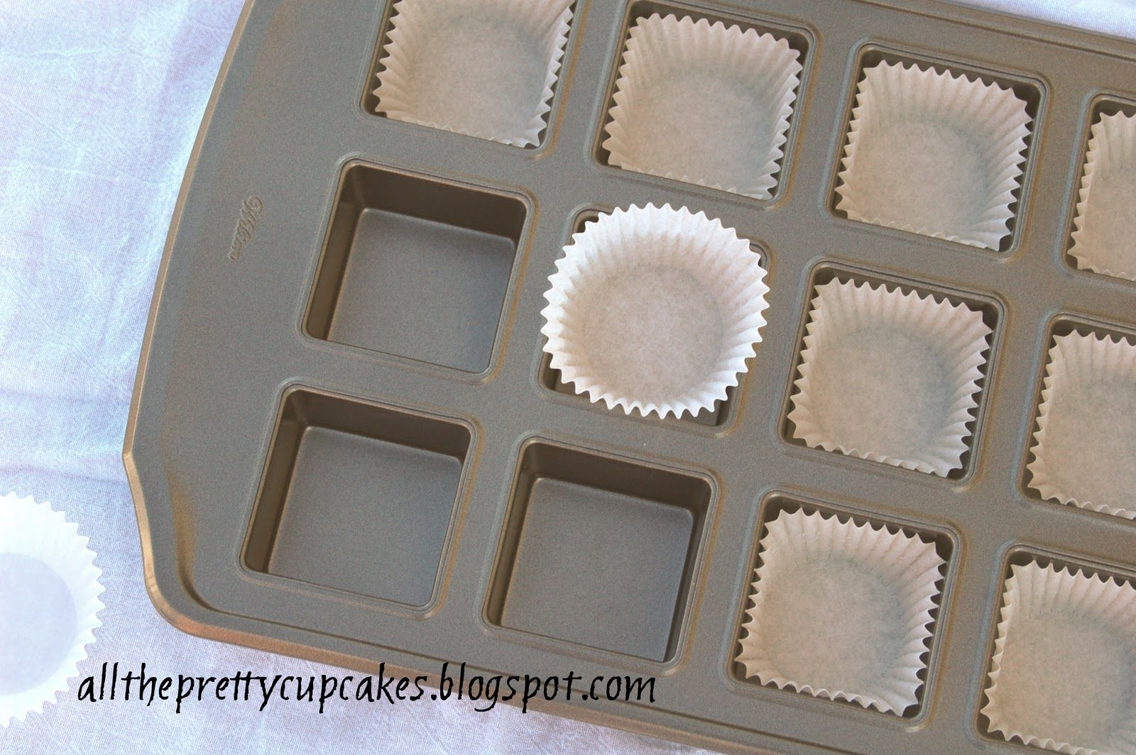 All the pretty cupcakes how to make square cupcakes