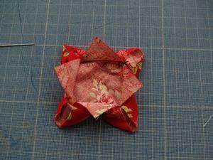 Tuto fleurs en tissu - Le temps défile #fleursentissu