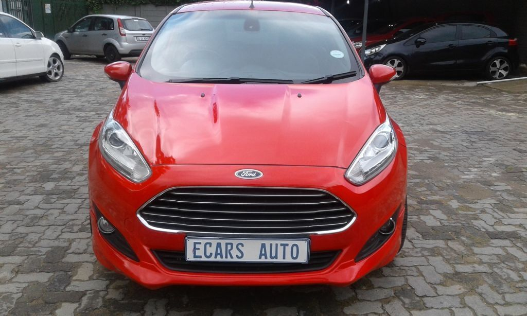 2015 Ford Fiesta 5 Door 1 0t Ambiente Ford Used Cars Cars For Sale