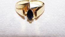 14 Kt Yellow Gold Blue Sapphire Ring Sz 6.75  359.00