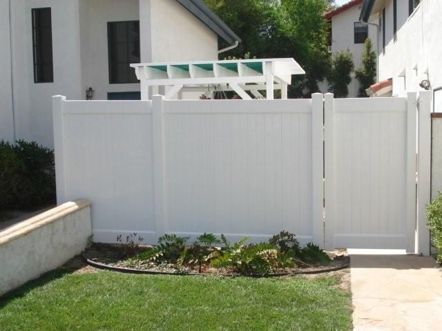 another front yard privacy fence idea