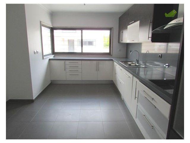 Moradia T3 Venda 250.000€ em Loures, Bucelas, Bucelas - Casa.Sapo.pt - Portal Nacional de Imobiliário