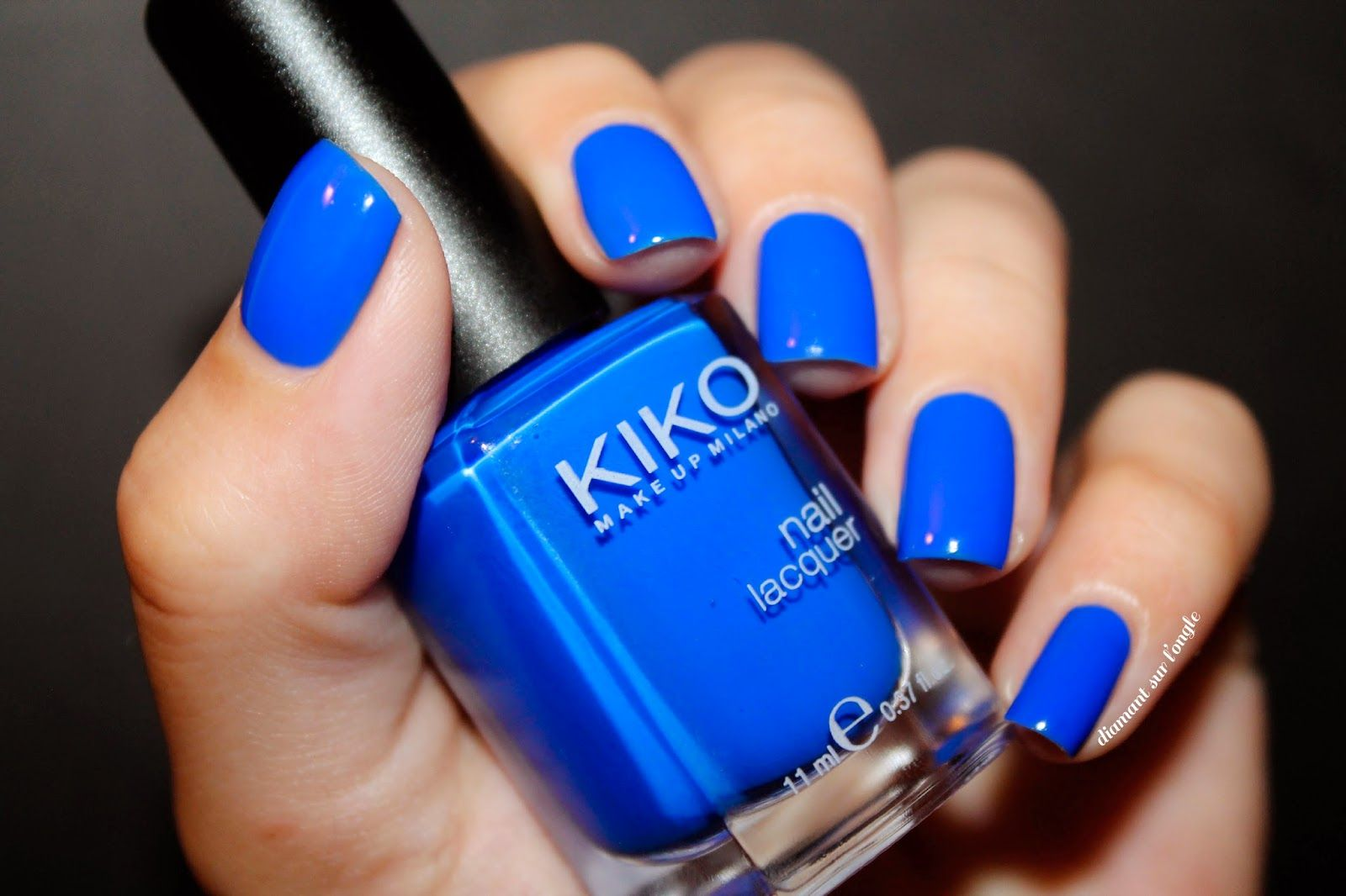 ⚓ Les couleurs de l\'été : Le Bleu Électrique by diamant sur l\'ongle ...