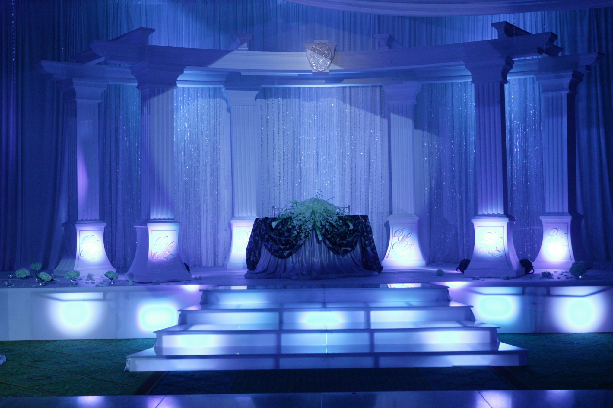 Wedding stage decoration with balloons  Fantasy Designerus Wedding Stage  Backdrops  Pinterest  Wedding