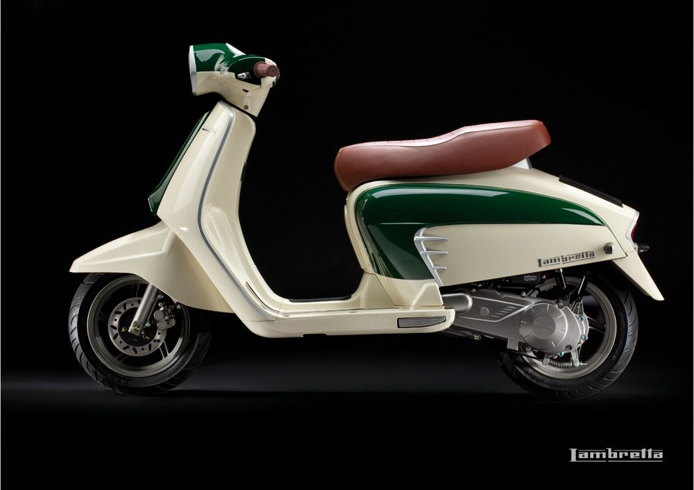 The New Lambretta Featured On Scooterfilecom Scooter Girl