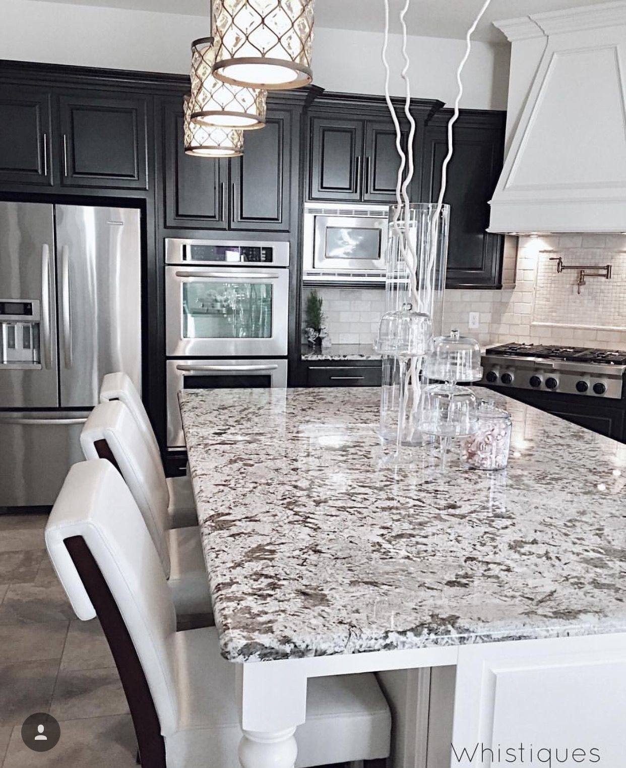 Black Kitchen Cabinets And White Countertops: Black/white/stainless. LOVE The Countertop! ☆♡Beauty_Cyn