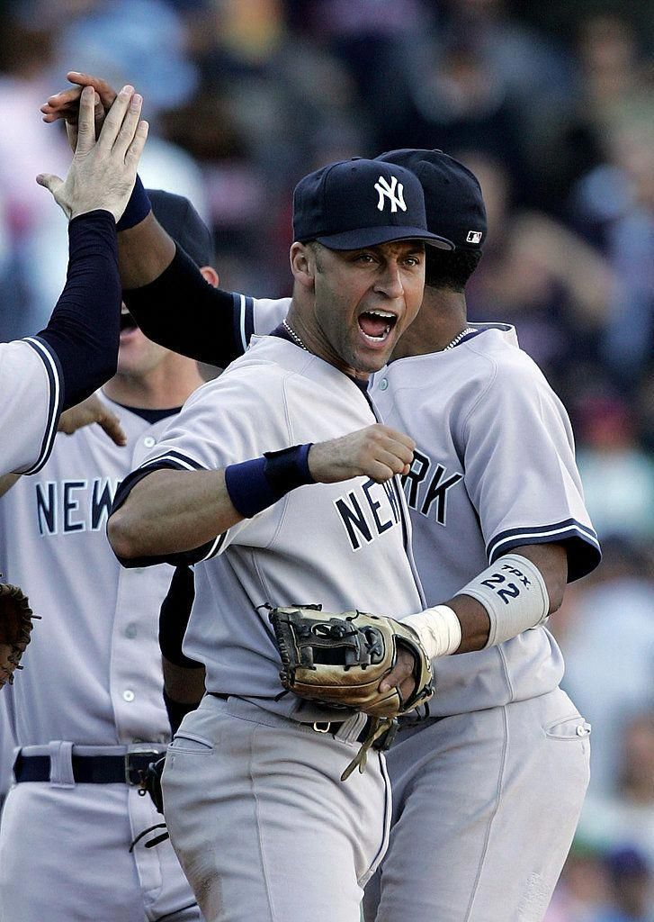 Photo of Every Baseball Fan Can Appreciate These Hot Derek Jeter Moments