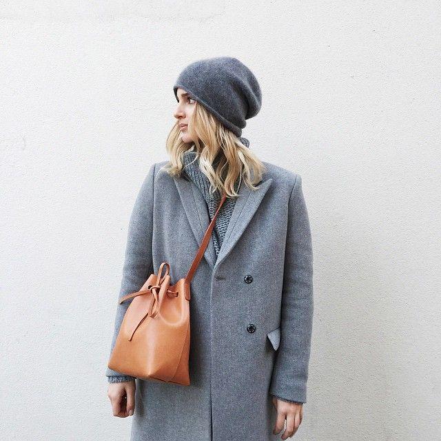 grey beanie & coat with a tan Mansur Gavriel bucket bag #style #fashion #bags