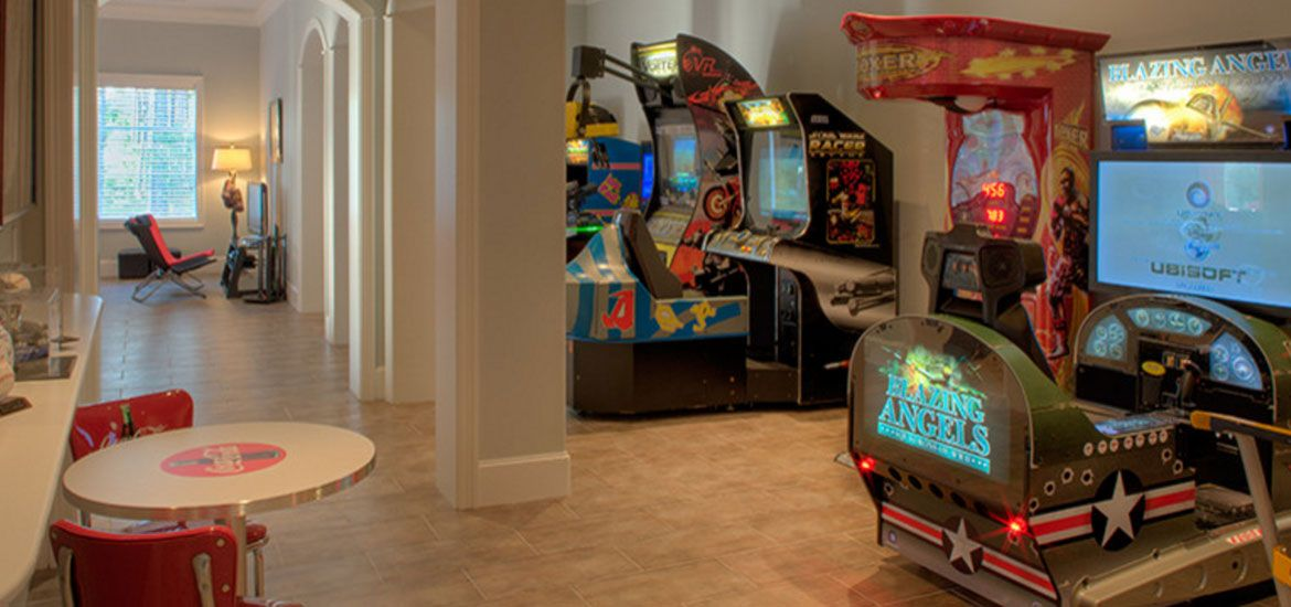 45 Video Game Room Ideas To Maximize Your Gaming Experience Arcade Room Game Room Design Game Room