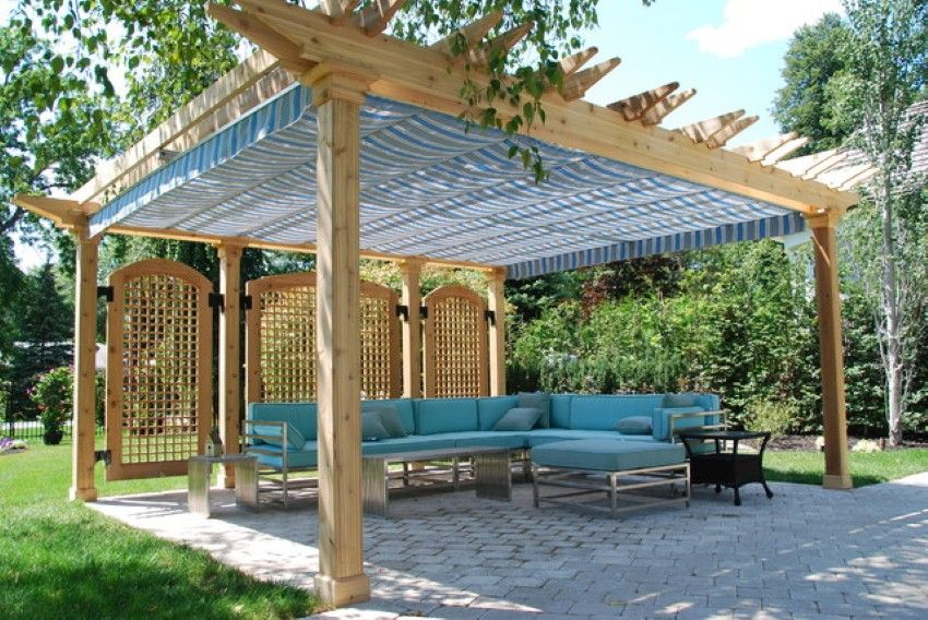 Disregard the cloth, the and the lattice. We believe that traditional configuration with a more modern end profile as in this pergola will give you the most impact without getting into details and construction methods that  increase the cost excessively.
