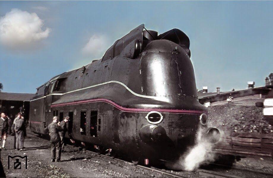 Brand new 03 1081 Train, Luxury train, Old trains