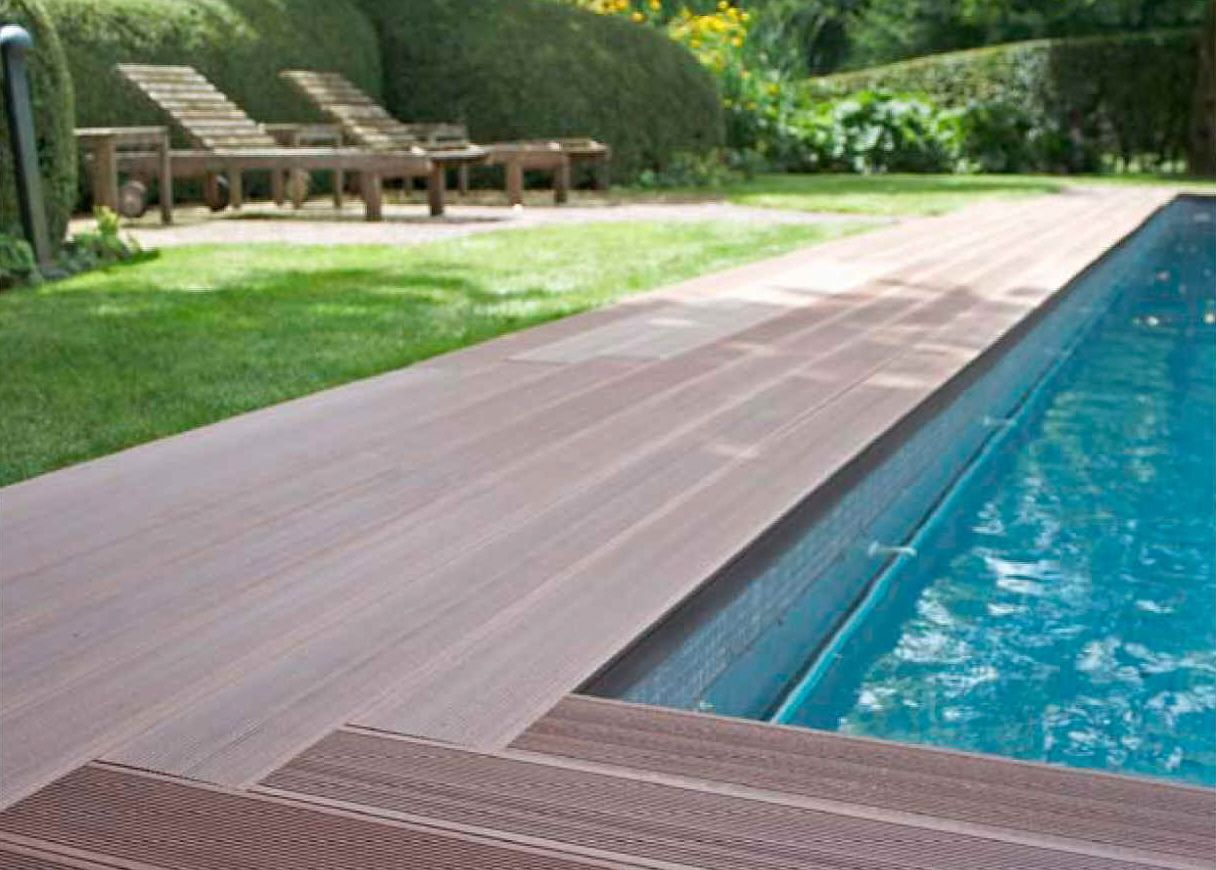 Trex Or Mahogany Around The Pool To Prevent Skinned Knees Pool Decking Jpg 1216 870 Wood Pool Deck Pool Decks Decks Around Pools