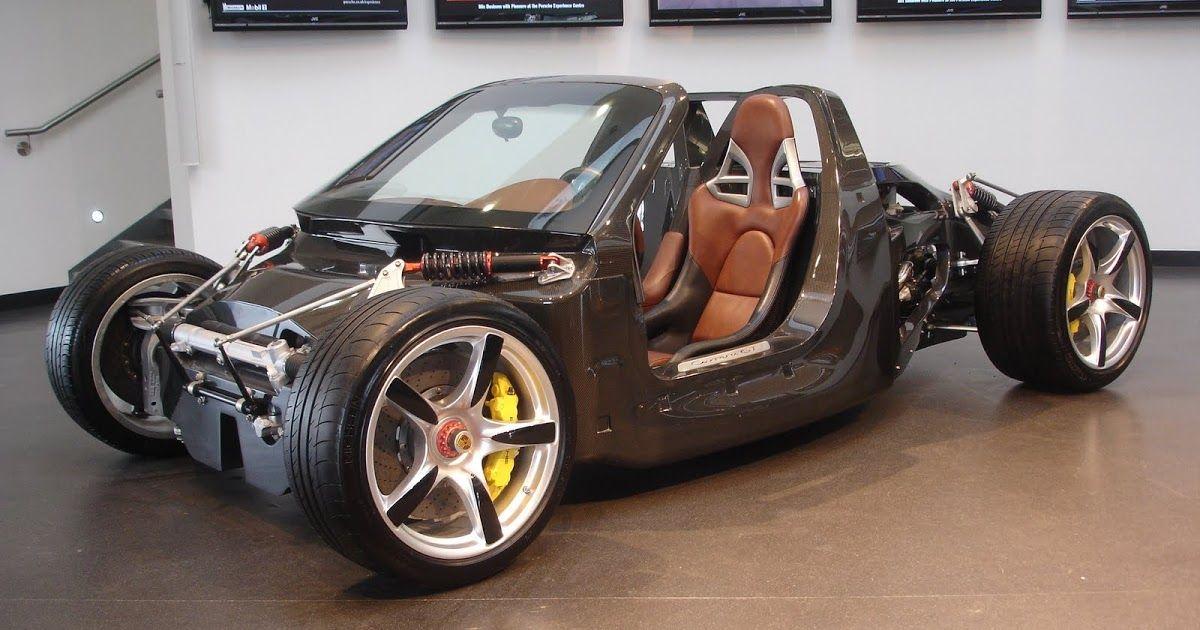 Porsche Carrera GT chassis @ Silverstone Porsche. Engineering perfection.