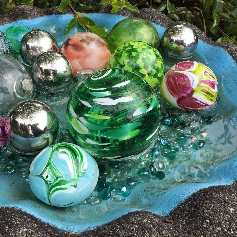 EGardenGo Page Liked · 9 hrs ·   Colorful collection of glass floats #hpso #gardenconservancy #gardentour #gardenart http://bit.ly/1UJoeKw