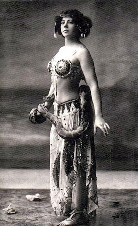 a biography of mata hari and her legacy Garbo on dvd : the love goddess (usa 1999)  - mata hari - grand hotel - checking out:  a cinematic legacy author mark a vieira on the temptress.
