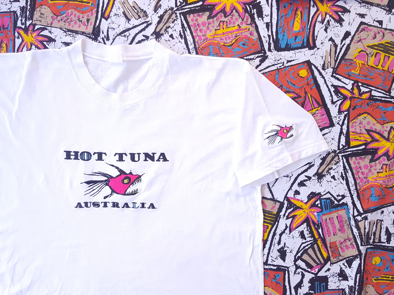 5d3921403b 90s Hot Tuna T Shirt, Embroidered Shirt, Size XL, Vintage Surfwear ...