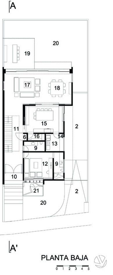 Dise o de moderna casa de dos plantas incluimos planos de for Disenos de casas de 2 plantas