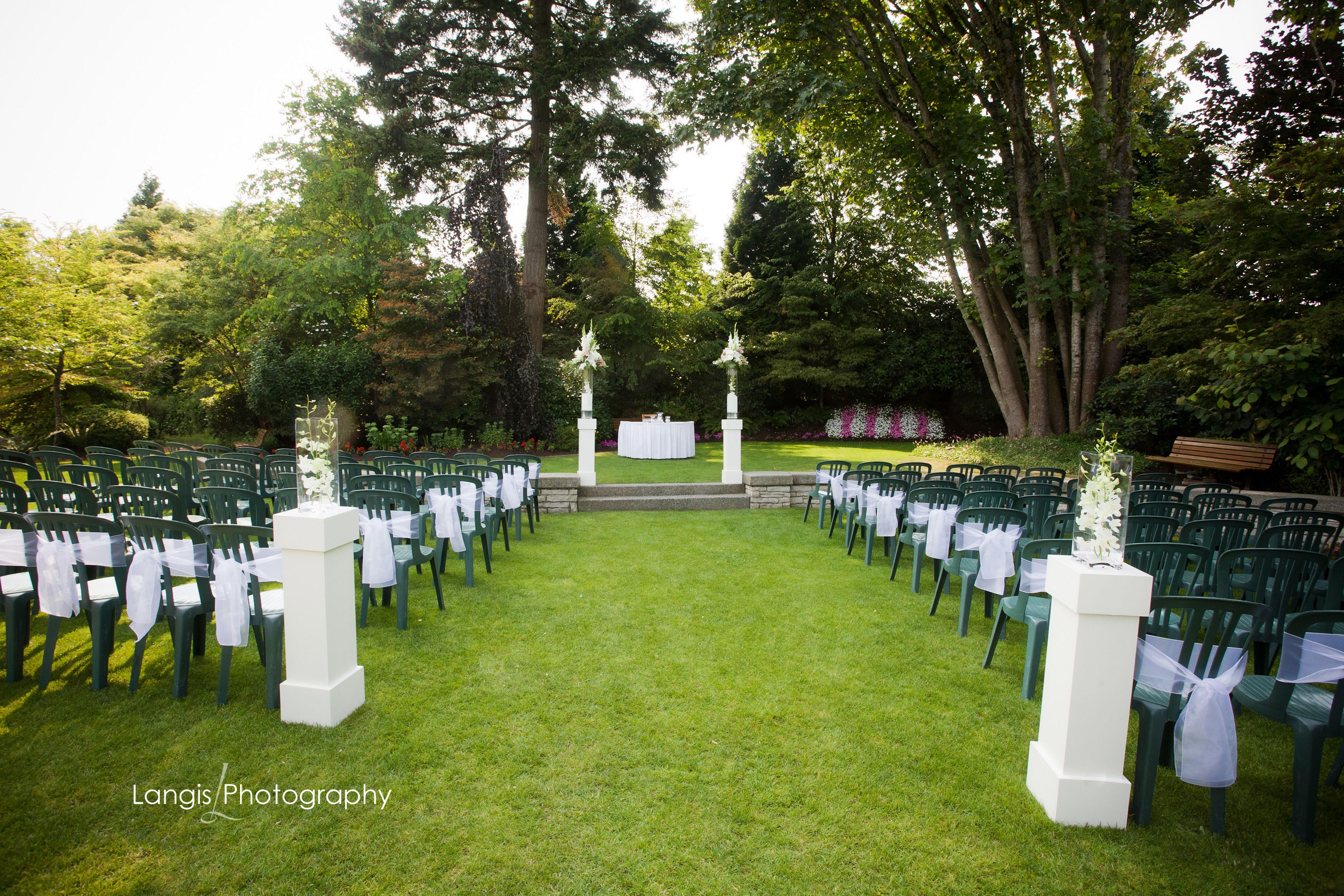 Ceremony At Morgan Creek Wedding Venues Surrey Vancouver Wedding Venue Wedding Venue Inspiration