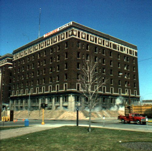 Occidental Implosion 2 The Of Hotel That Once Stood At Corner Clay And Third Street Was Destroyed In 1975 To Make