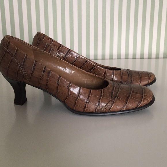 Reduced Franco Sarto pumps size 7.5 Faux croc pattern Franco Sarto pumps. Franco Sarto Shoes Heels
