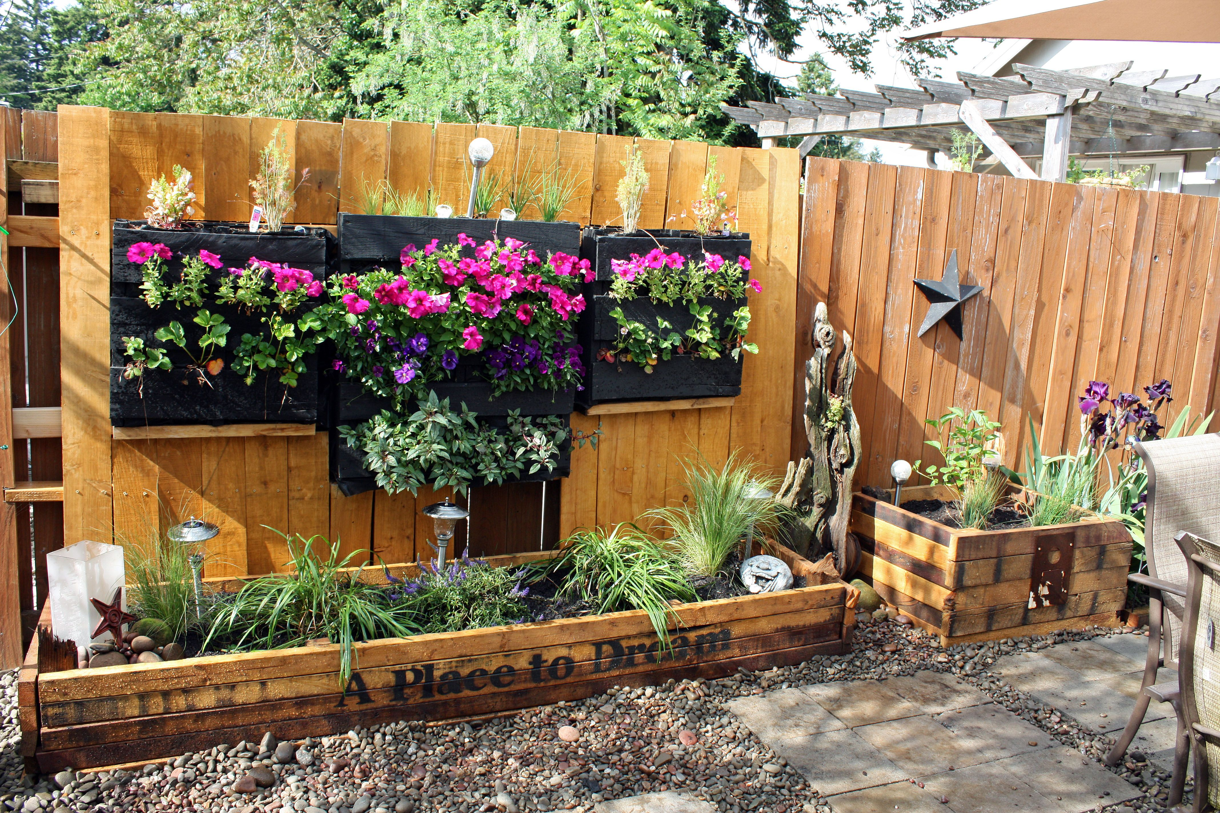 Upcycled Pallet Gardens And Planter Boxes