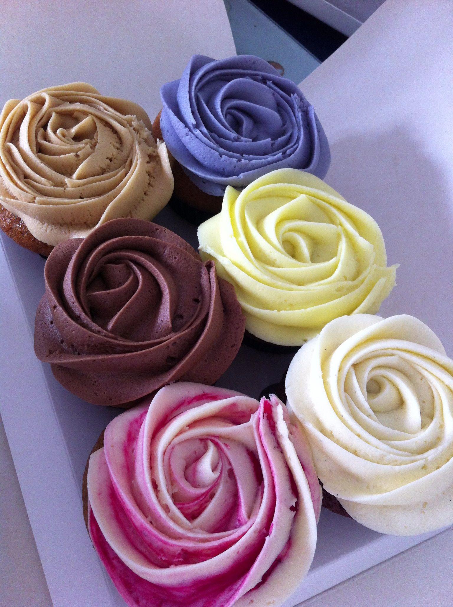 Petal Cupcakes @petalcupcakes #auckland #newmarket #petalcupcakes #petal.