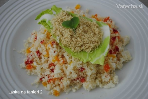 Raw kuskus s vegánskym parmezánom - Recept