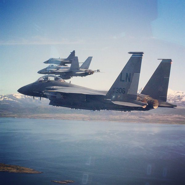 Gripen News (@GripenNews) | Twitter #FighterFriday #Arctic Fighter Meet 2016 over. Good for young pilots to train vs other types. #Eagle #Hornet #Gripen