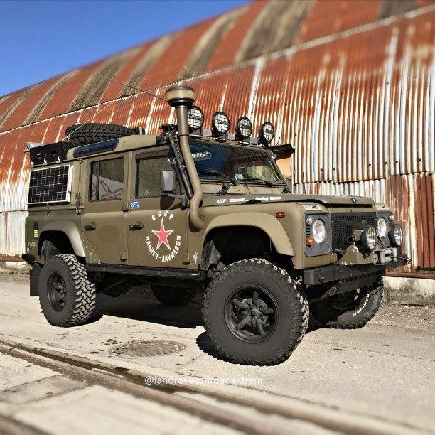 // Land Rover Defender/Series : Photo