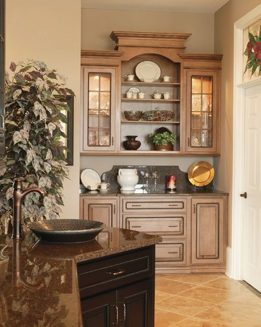 Wonderful Built-in Hutch With Different Heights. #hutch #built #in #design #storage #cabinets