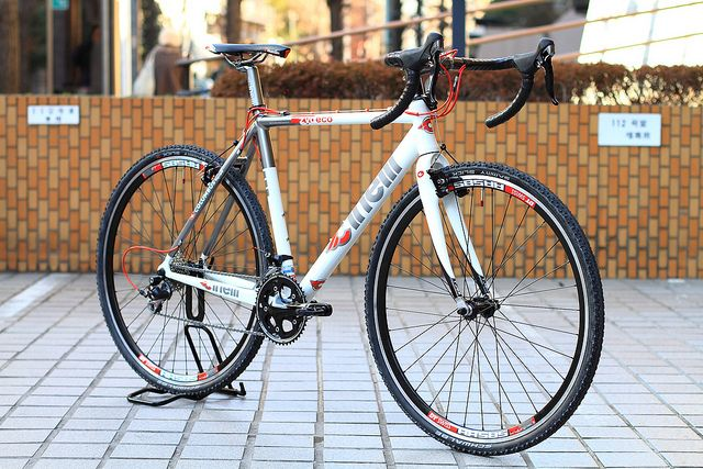Cinelli Zydeco Complete Bike With Images Cyclocross Bike