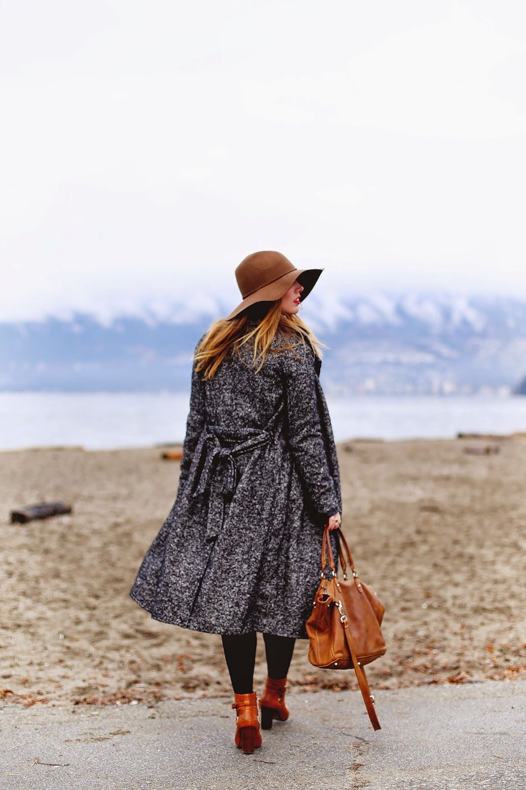 be9685f56 Blogger Alexandra Grant with our Small Grace bag in Vintage Tribe! Roots  Clothing, Alaska