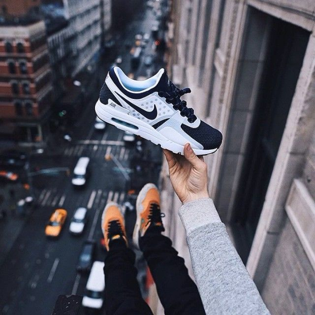 NIKE Air Max Zero, Anti Gravity