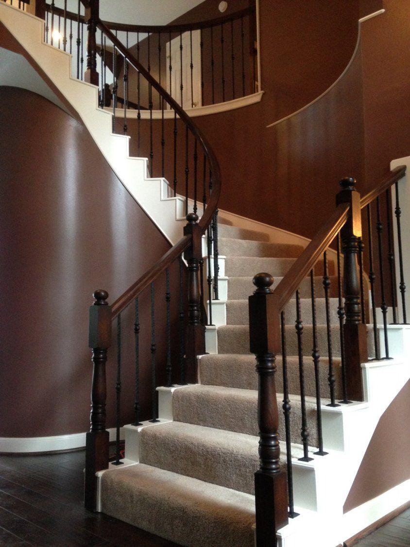 The MacTavish Residence - Venetian Stairs