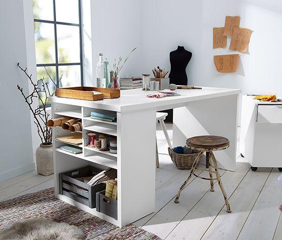 169 00 platzmanagement eine gro e arbeitsfl che zeichnet diesen schreibtisch aus seitlich ist. Black Bedroom Furniture Sets. Home Design Ideas