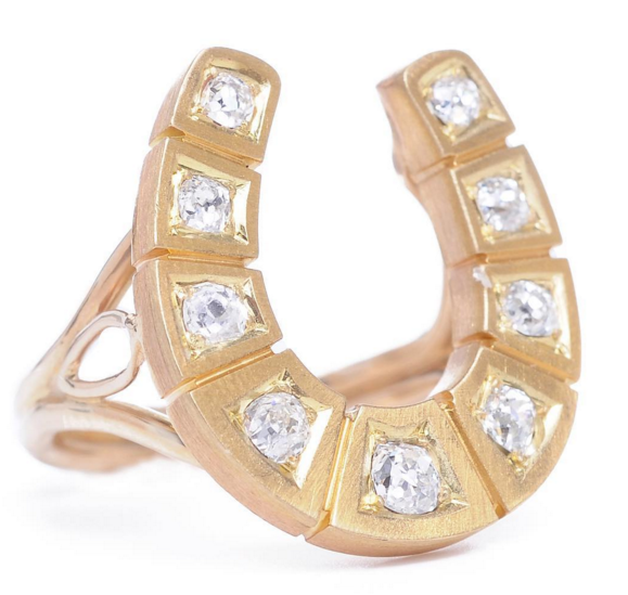 Our #Monday jewel is the yellow gold #horseshoe #ring (Victorian) set with old mine #diamonds in a #modern handmade yellow #gold setting by @turnerandtatler