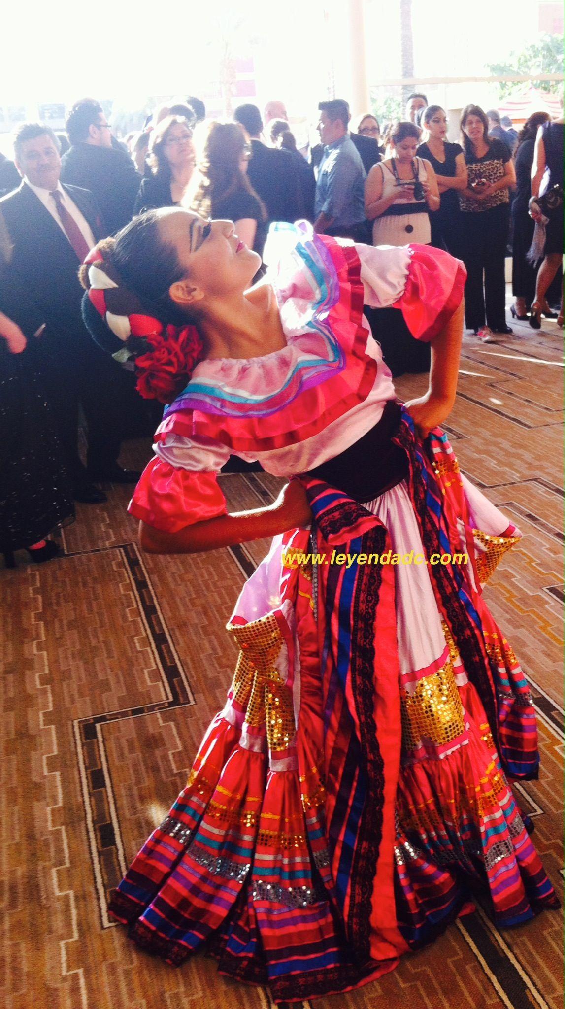 Request Info From Our Ballet Folklorico Ballet Folklorico Http Www Leyendadc Com Default Asp F Guestbook D Ballet Folklorico Ballet Professional Dancers