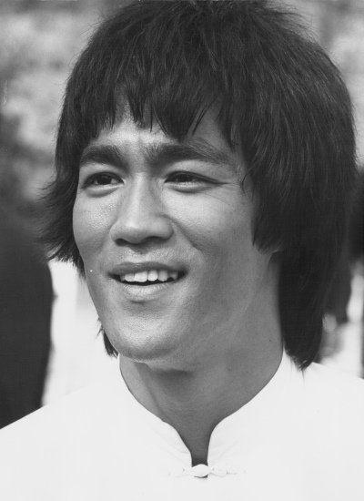 Por Que Bruce Lee E O Cara Dos Filmes De Luta Yahoo Com